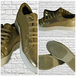 Kenneth Cole Reaction Women's Gold Tennis Shoe's
